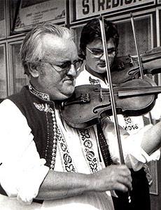 ... Jura Petrů - zakladatel muziky ... 26.7.2008 ... foto: archiv CMJP